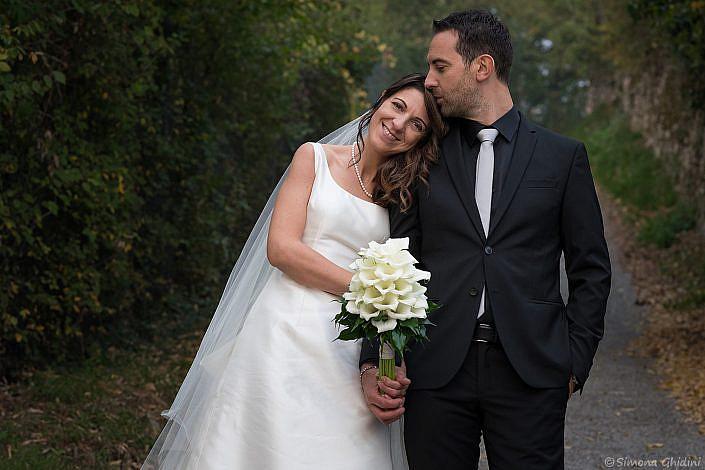 Servizio fotografico per matrimonio con sposi e bouquet